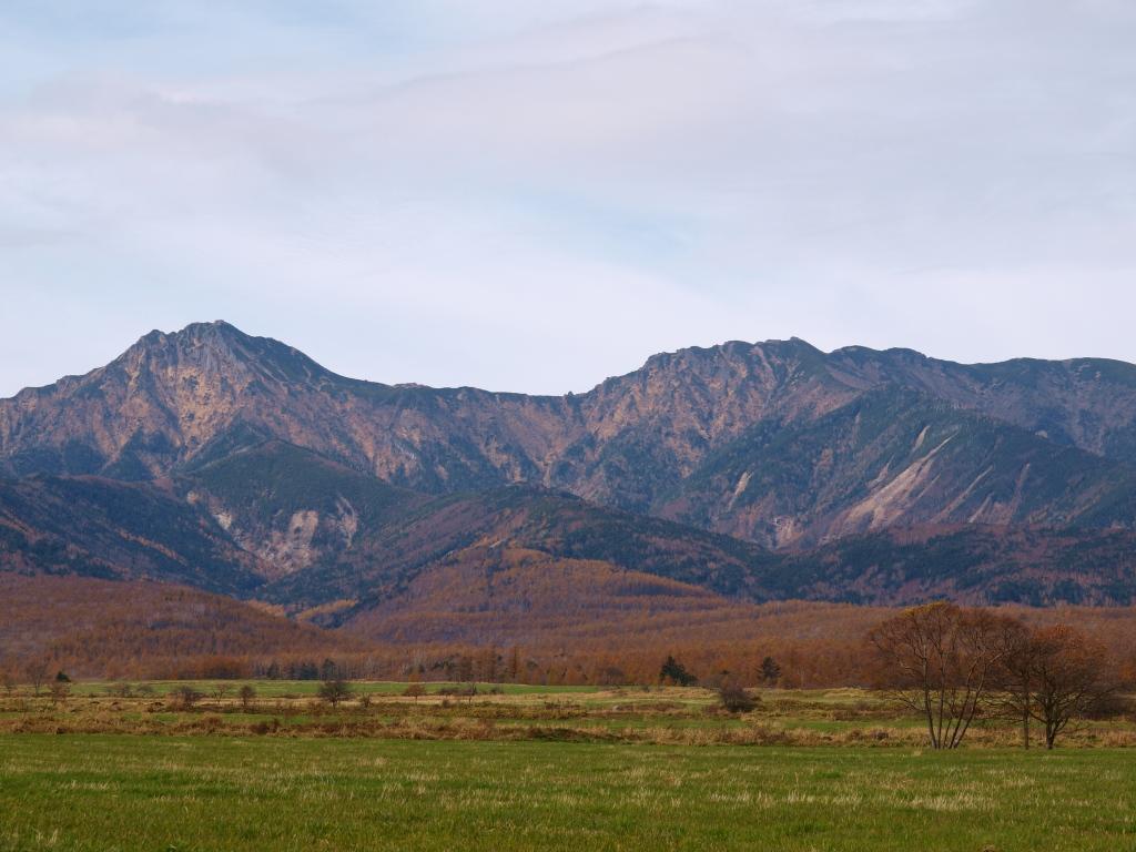 八ヶ岳牧場から晩秋の八ヶ岳を2