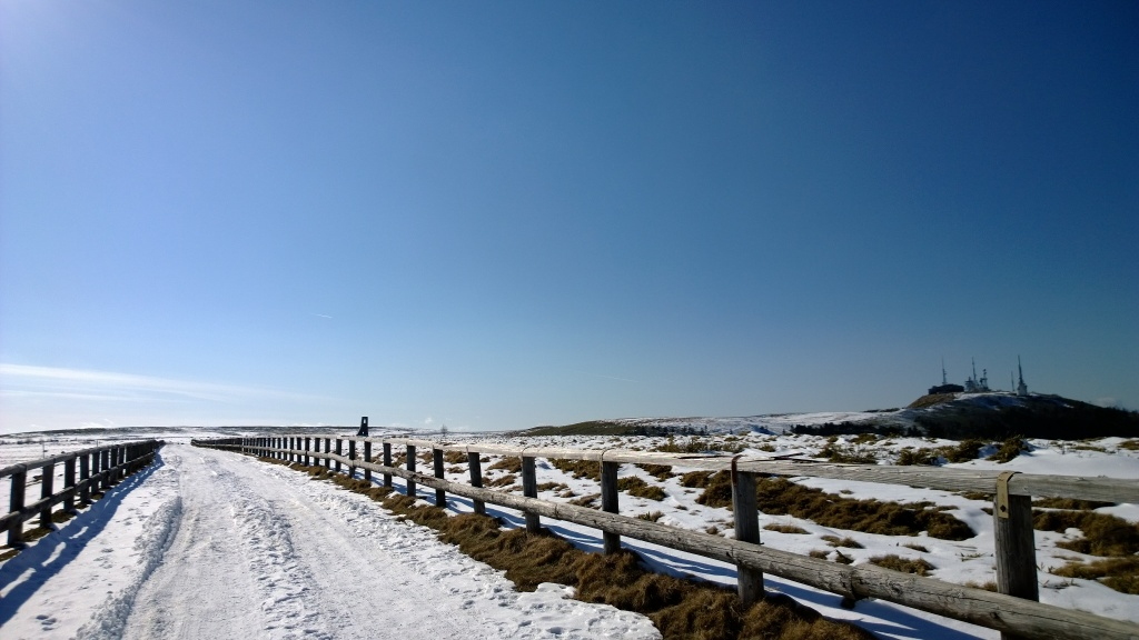 雪の美ヶ原台地遊歩道
