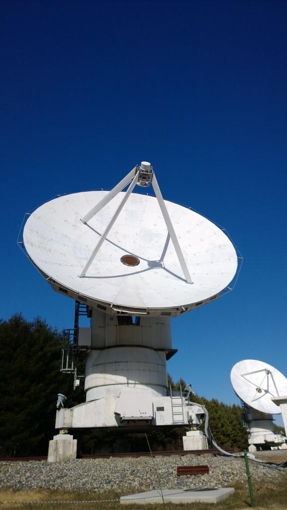 野辺山天文台のパラボラ群2