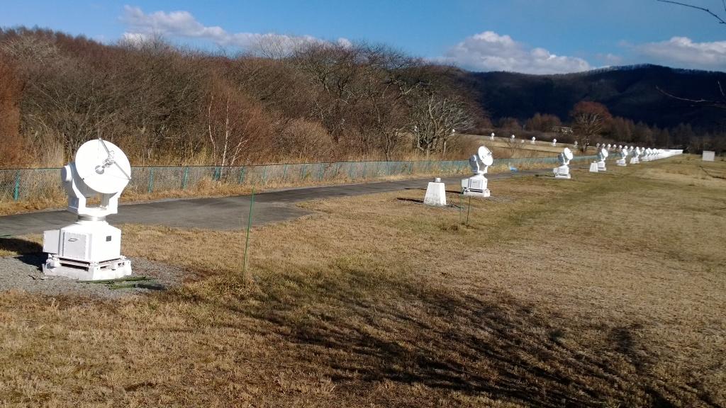 野辺山天文台のヘリオグラフ群