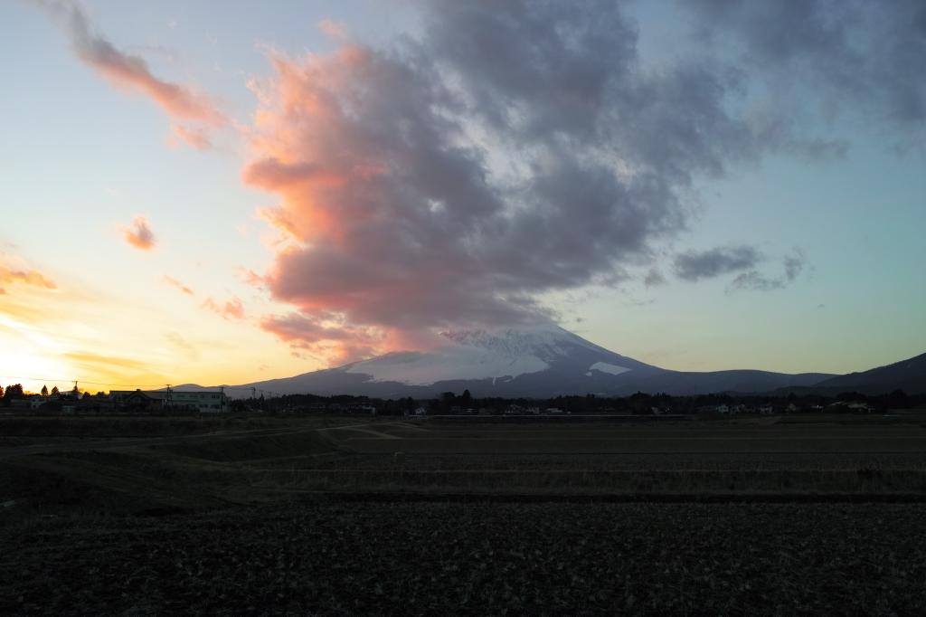 2014新春の富士山夕景(DP1 Merrill)
