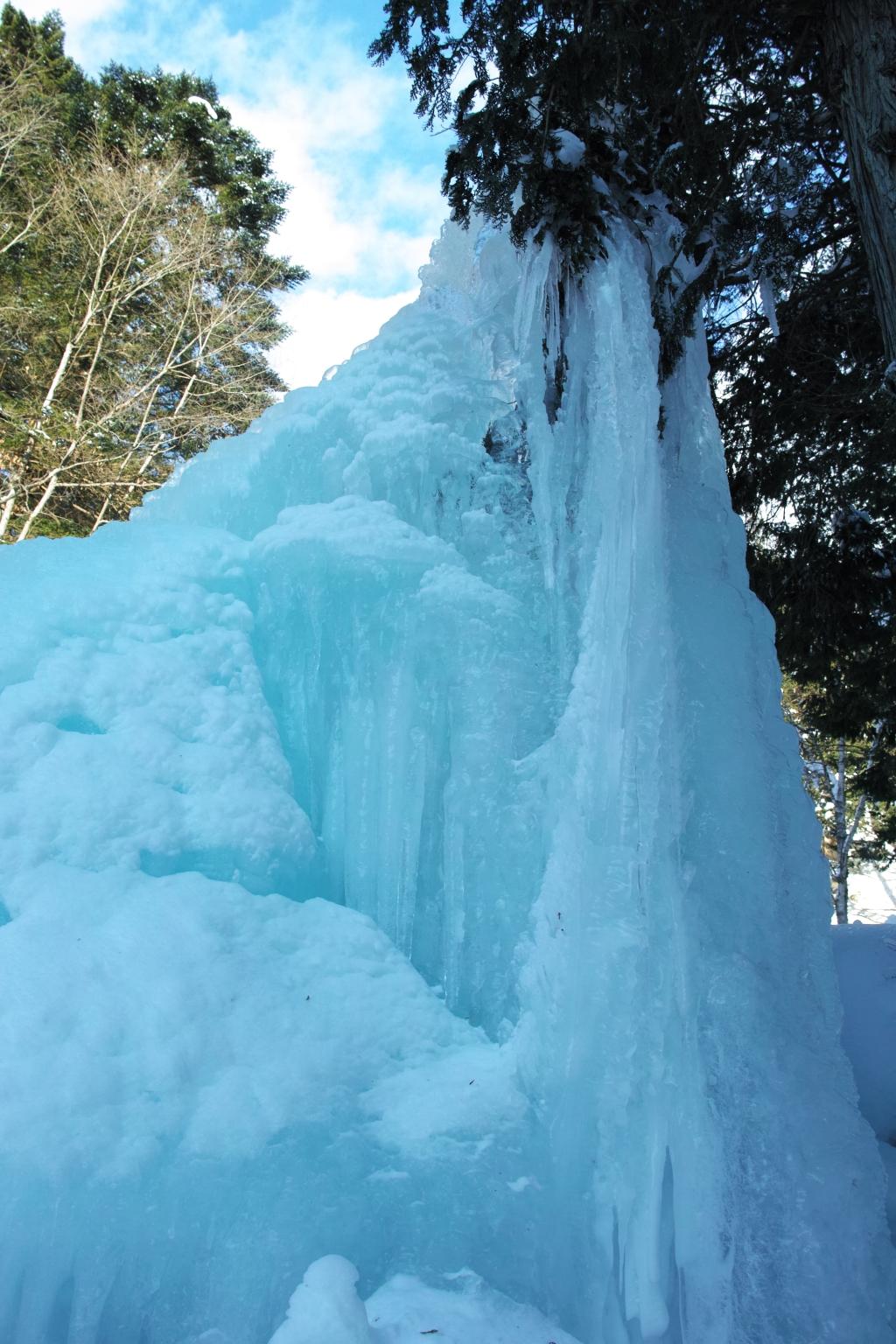 明治温泉の氷柱3