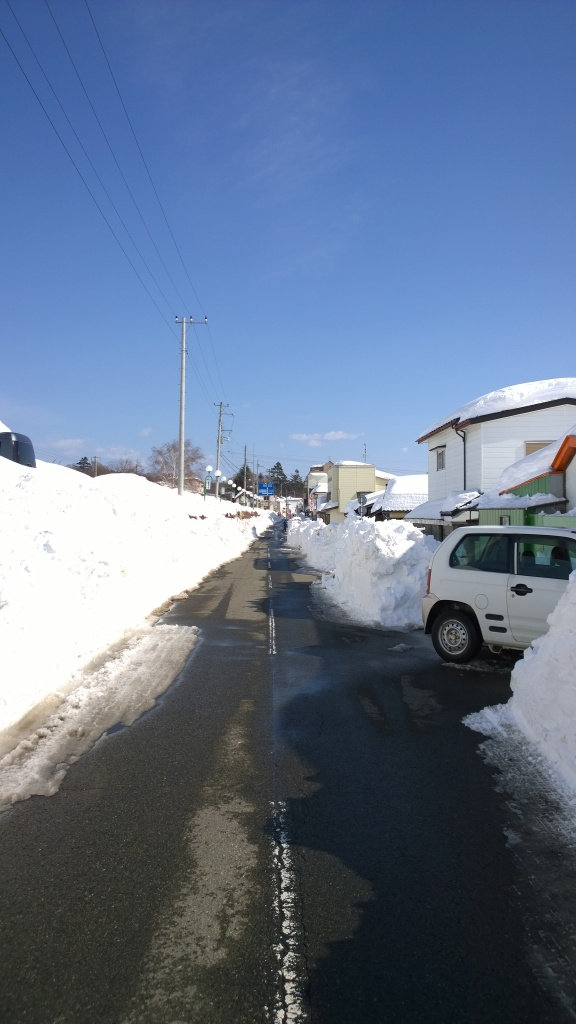 2/17小淵沢駅前の様子