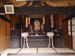 高森観音堂の地蔵像