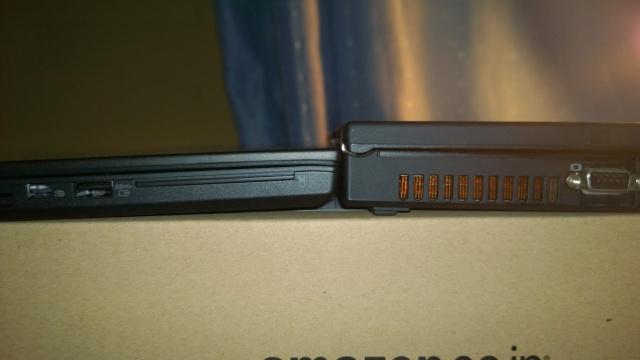 ThinkPad T60とThinkPad T440の厚さ比較