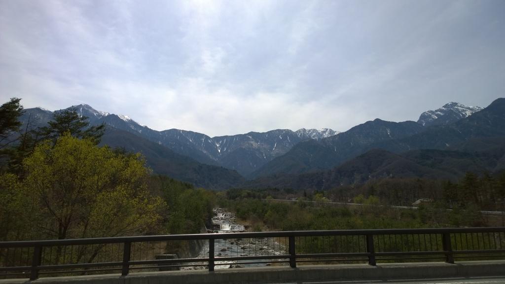 尾白川から甲斐駒と南アルプス