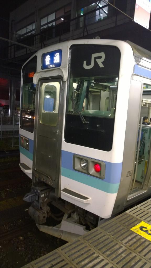 甲府駅で211系長野色