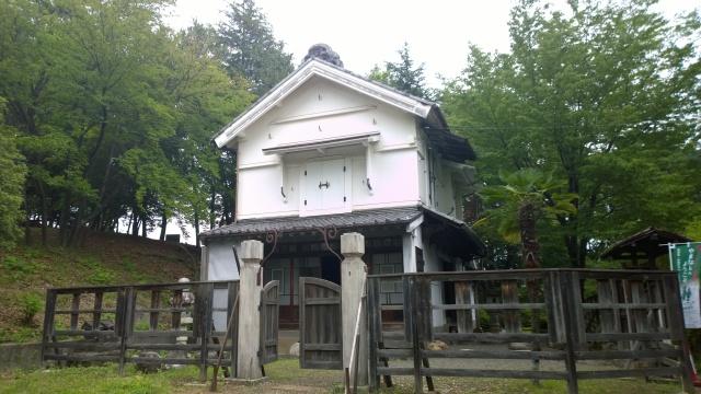 韮崎市民俗資料館・蔵屋敷外観1