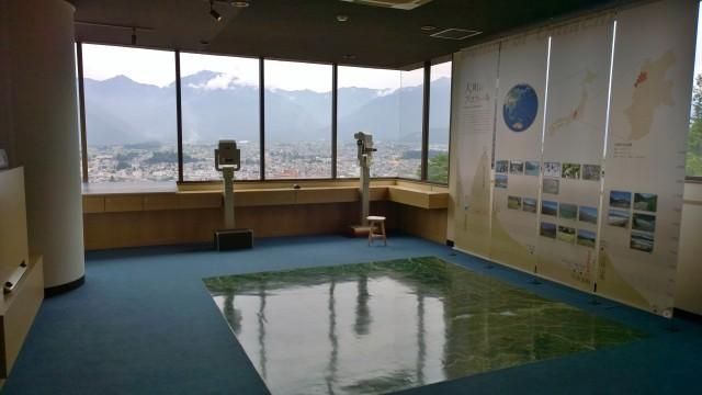 大町山岳博物館3階展望台