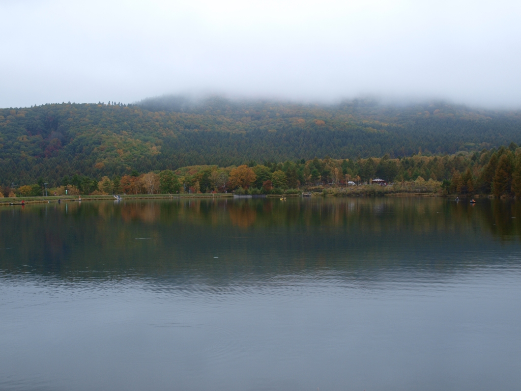 八千穂レイクから秋の八ヶ岳遠望