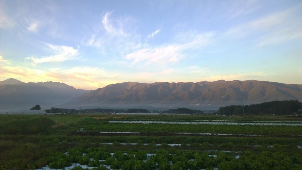 朝焼けの入笠山