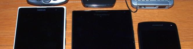 異端者へと追いやられたBlackberryが繰り出した、異端な一台(Blackberry passport)