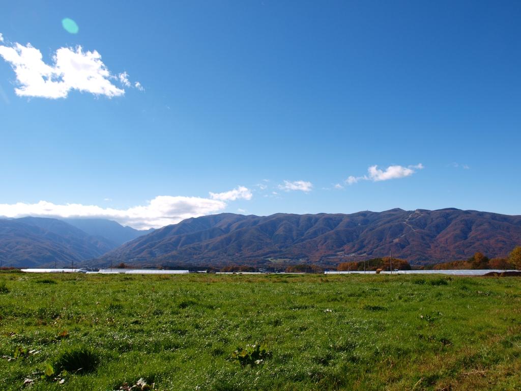 紅葉の入笠山遠望