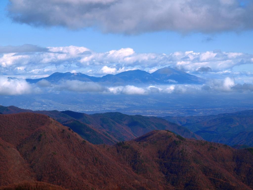 三峰展望台から浅間山遠望
