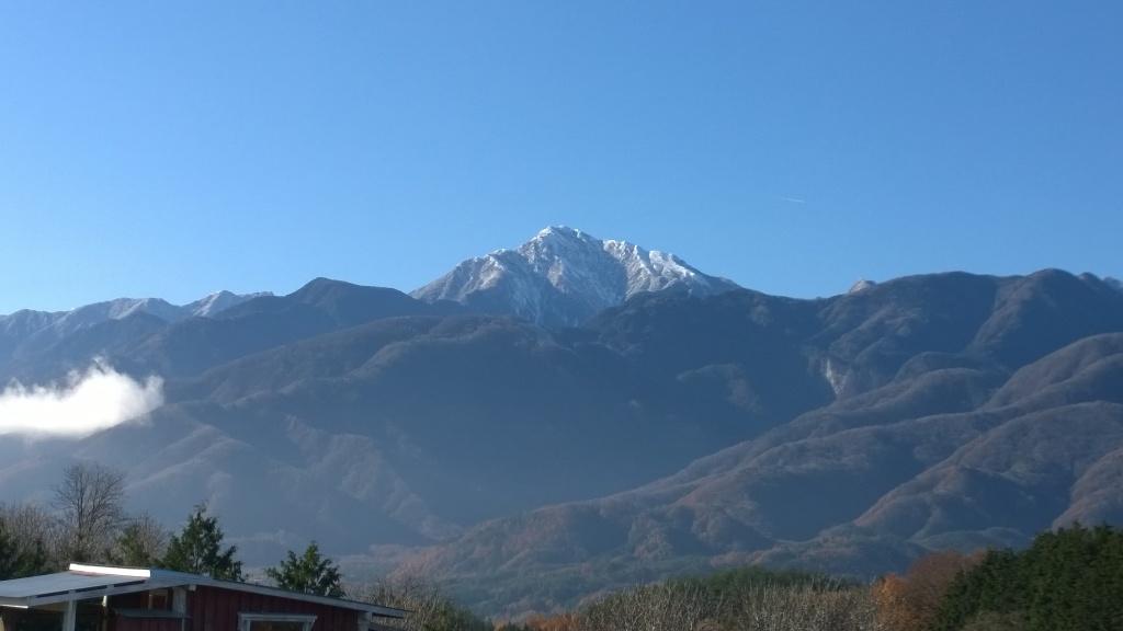 冠雪した甲斐駒2014.11.27