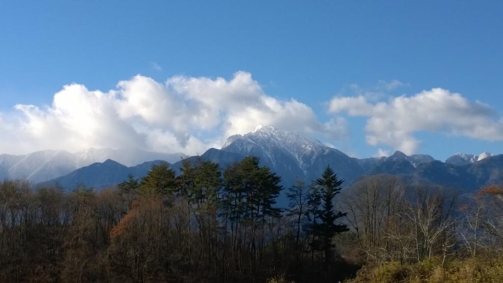冠雪した甲斐駒2014.12.3