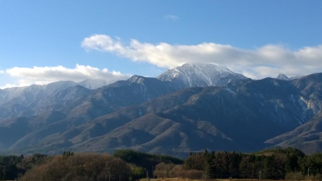 冠雪した甲斐駒2014.12.8