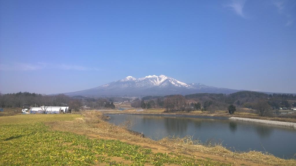 春先の八ヶ岳遠望