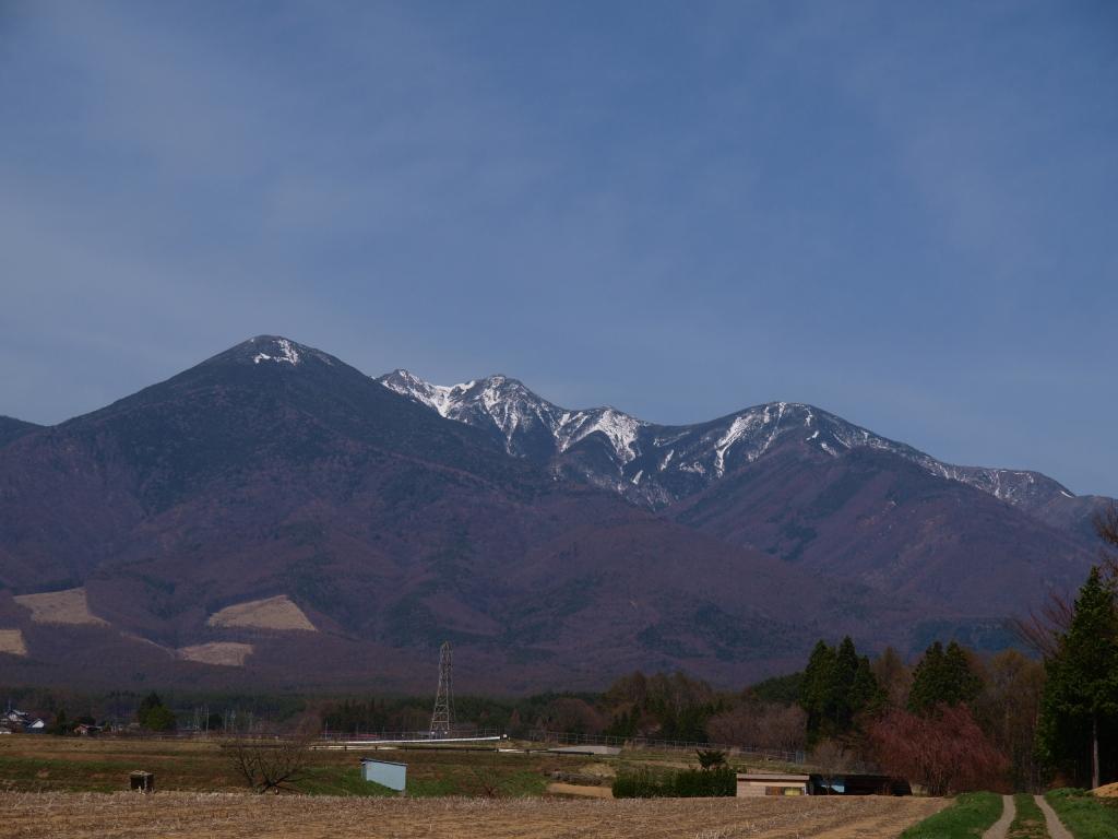 残雪の八ヶ岳遠望2