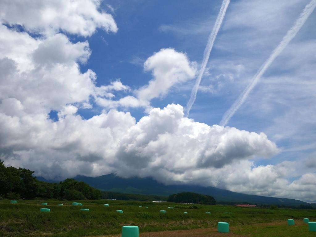 夏空と八ヶ岳2