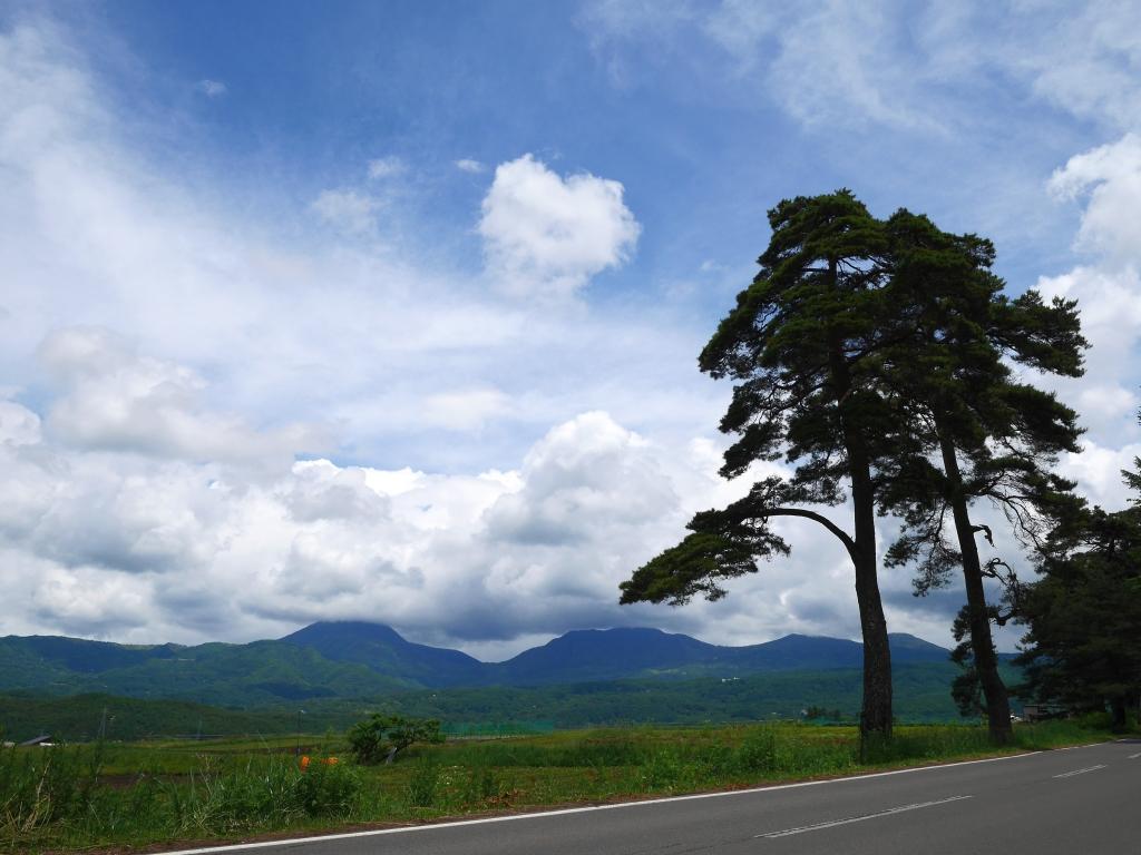 夏空と八ヶ岳3