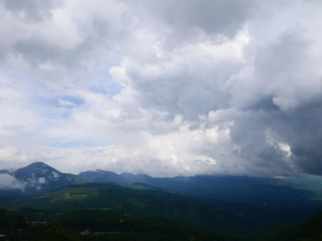 伊那丸富士見台駐車場から八ヶ岳遠望