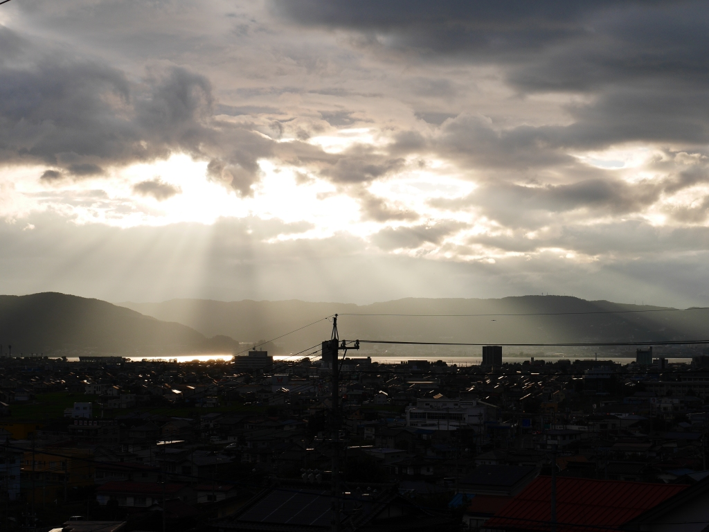 梅雨明けの夕暮れ、諏訪湖3