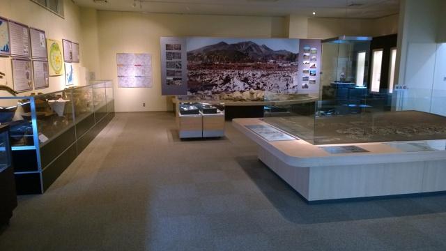 北杜市考古資料館第一展示室全景