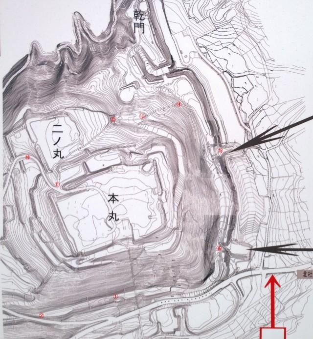 新府城略図2