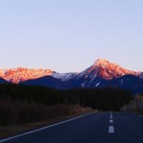 雪の少ない夕暮れの八ヶ岳2