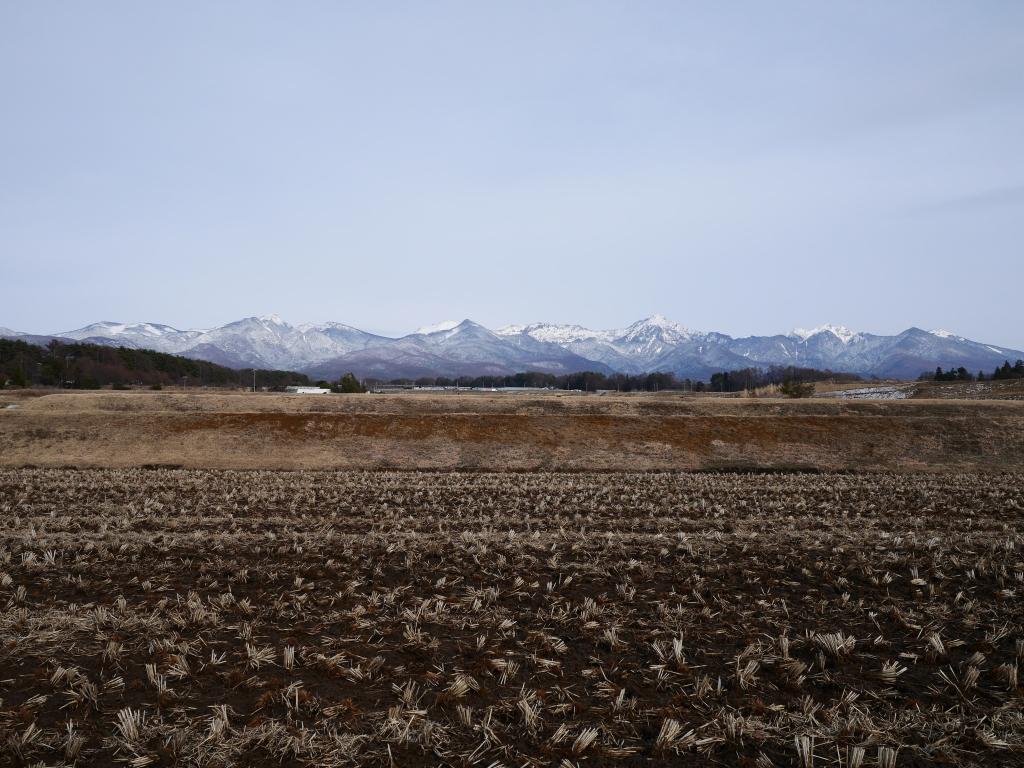 春先の八ヶ岳全景