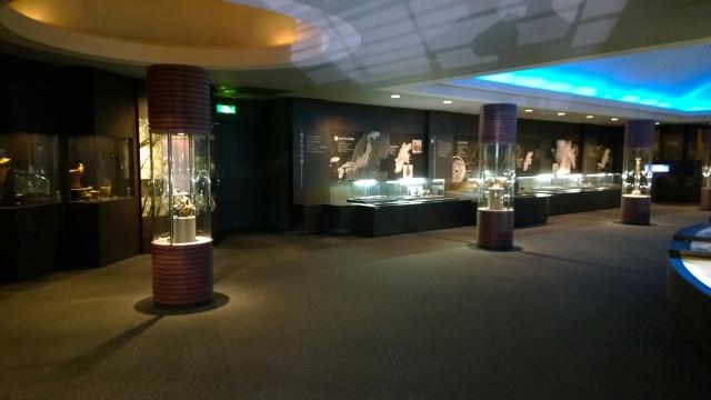 諏訪博物館常設展示室1-1