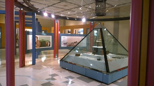 諏訪博物館常設展示室2