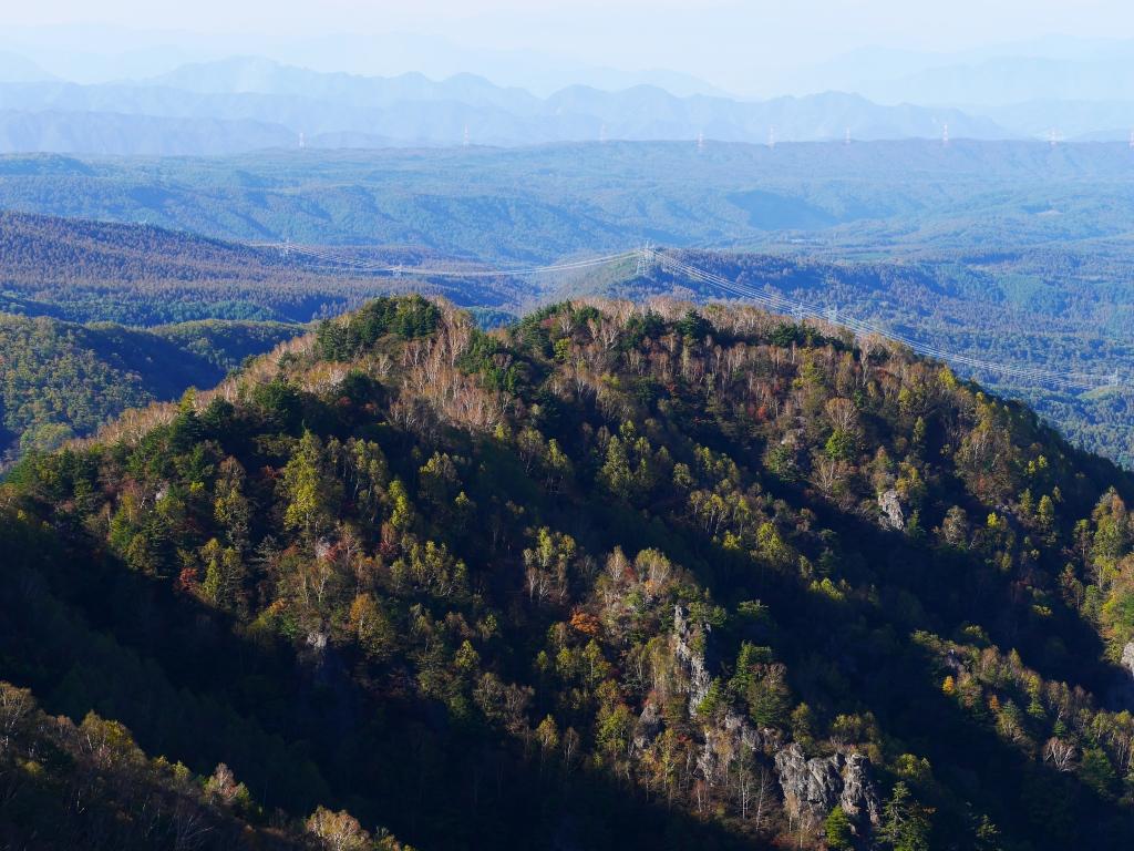 秋の鹿曲川渓谷遠望1