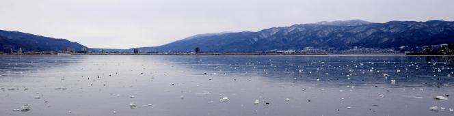 Frozen days2(全面結氷を迎えた諏訪湖)2018.1.28