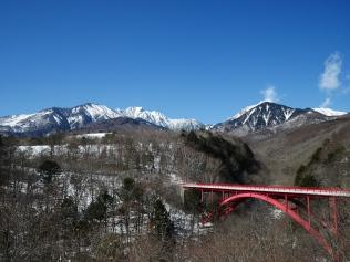 藍の空の下で八ヶ岳2