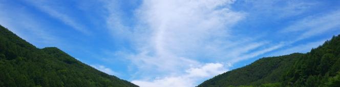 爽やかな晩夏の空の下、緑広がる高原野菜畑にて(川上村、南牧村)2018.8.18