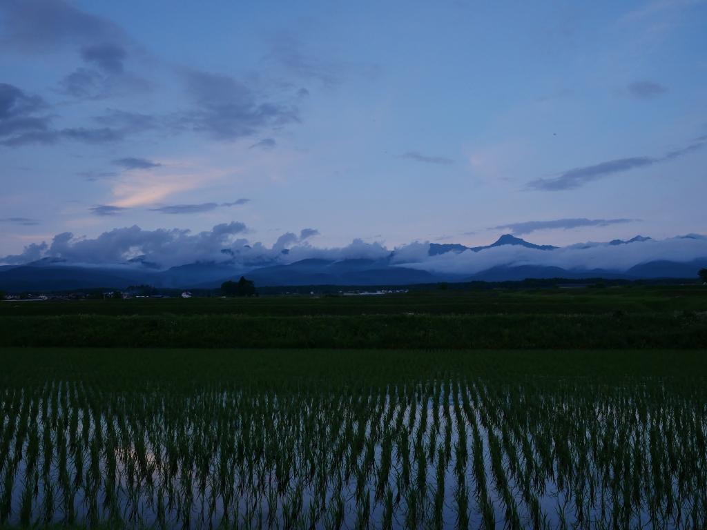 梅雨の夕景_夏至の八ヶ岳