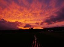 梅雨の夕景8_焼ける空と圃場1